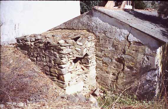 Πετρόκτιστος φούρνος, Κάμπος Μαραθοκάμπου Σάμου 1